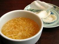 スープと揚げせんべい