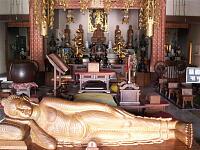 日月山法輪寺の内部